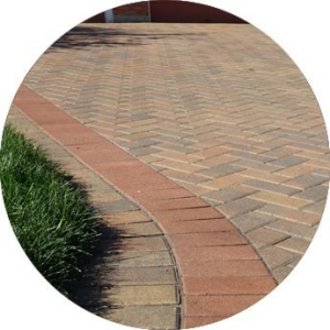 NorthStead Landscaping - North Bay - Interlocking driveway